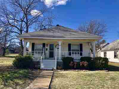 Cushing Single Family Home For Sale: 321 S Harrison Avenue