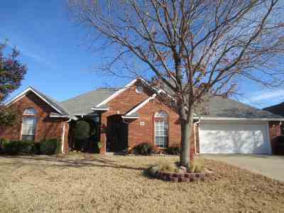 Single Family Home Sold: 1706 Southern Hills Dr