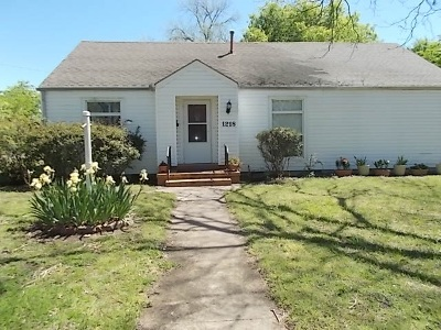 Ardmore, Lone Grove Single Family Home For Sale: 1218 NW Burch