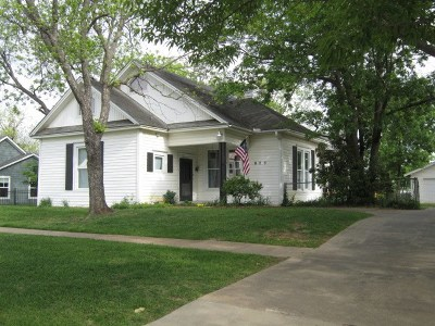 Ardmore Single Family Home For Sale: 823 McLish