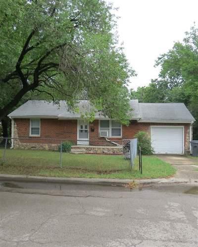 Single Family Home For Sale: 24 Cason