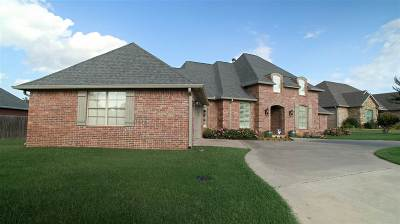 Ardmore Single Family Home Motivated Seller: 912 Dornick Drive