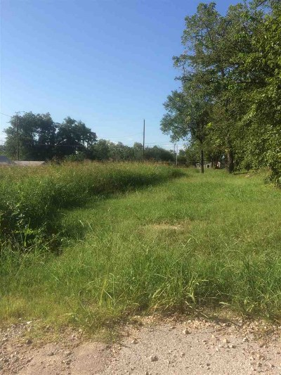 Residential Lots & Land For Sale: 1320 W McAlester