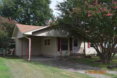 Marietta Single Family Home For Sale: 305 S Fernwood Road