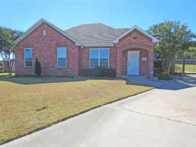 Single Family Home For Sale: 4916 Caddo Creek Court