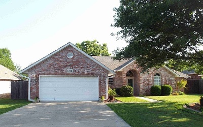 Ardmore OK Single Family Home For Sale: $155,900