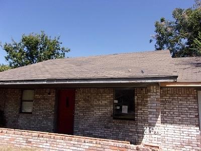 Lone Grove Single Family Home New: 32 Park Street