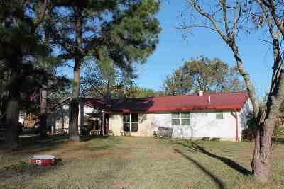 Lone Grove Single Family Home For Sale: 188 Willow