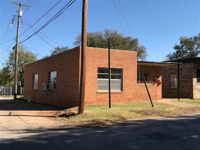 Commercial For Sale: 116 SW H Street