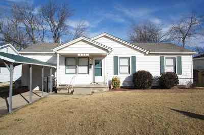 Ardmore Single Family Home For Sale: 421 Elm