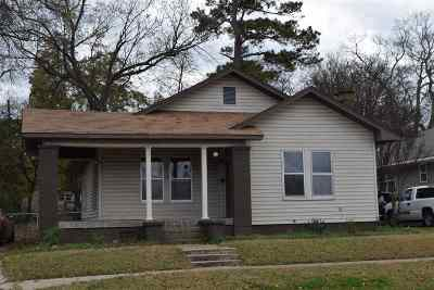 Ardmore Single Family Home For Sale: 310 NW 12th