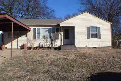 Ardmore, Lone Grove Single Family Home For Sale: 715 Maxwell