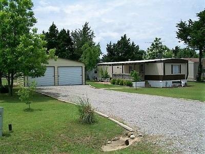 Single Family Home For Sale: 703 Labrea Drive
