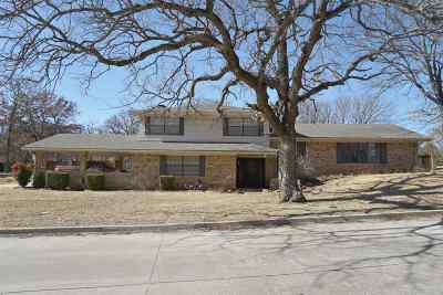 Single Family Home For Sale: 1201 S Rockford