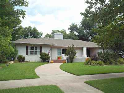 Ardmore Single Family Home For Sale: 1323 Stanley