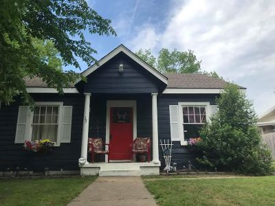 Single Family Home For Sale: 17 NW 9th