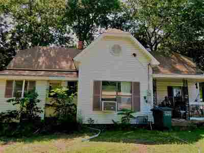 Springer Single Family Home Motivated Seller: 521 Main Street