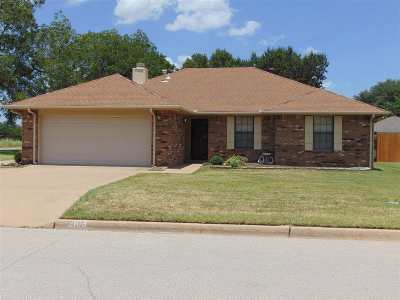 Ardmore Single Family Home For Sale: 3103 Eastgate Court