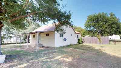 Healdton Single Family Home Pending W/Contingencies: 1262 Lincoln