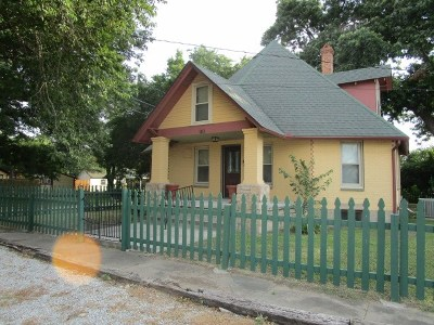 Single Family Home Pending W/Contingencies: 103 S 6th Street
