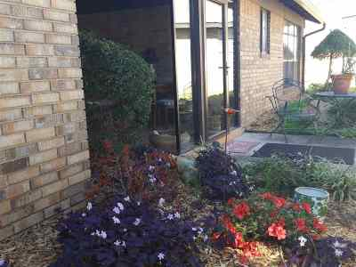 Single Family Home For Sale: 24 Overland Route