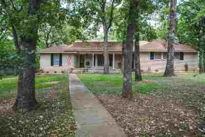Single Family Home For Sale: 1240 S Rockford Road