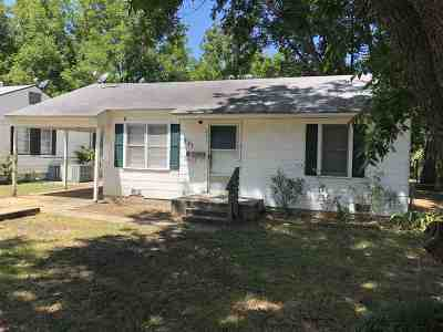 Ardmore Single Family Home For Sale: 221 12th