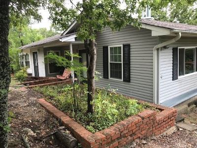 Single Family Home New: 4064 Mountain Park