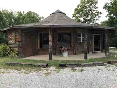 Carter County Commercial For Sale: 921 3rd