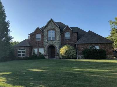 Ardmore Single Family Home For Sale: 3921 Rolling Hills Drive