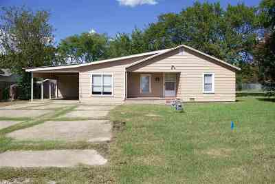 Love County Single Family Home For Sale: 103 E Creek