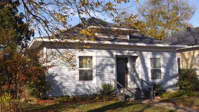 Ardmore Single Family Home For Sale: 715 McLish