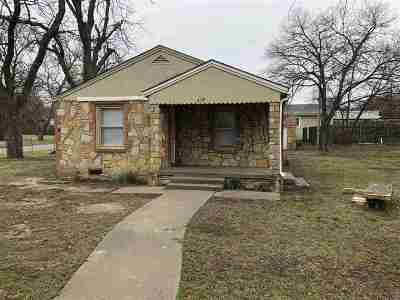Ardmore Single Family Home For Sale: 419 6th
