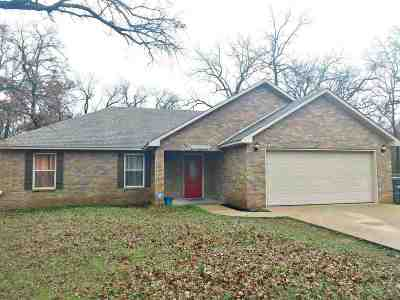 Lone Grove Single Family Home For Sale: 115 Kelly Lane