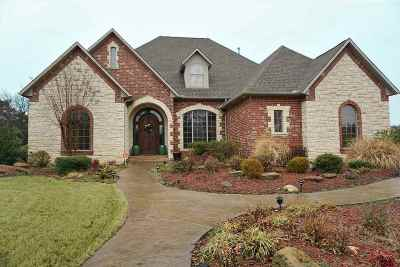 Carter County Single Family Home New: 608 Pebble Beach Drive