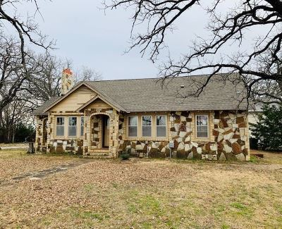 Lone Grove Single Family Home Motivated Seller: 207 Heritage Road