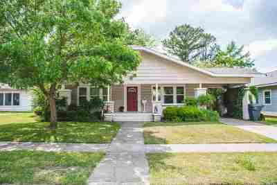 Carter County Single Family Home For Sale: 321 Wheeler