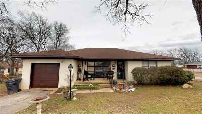 Carter County Single Family Home For Sale: 1434 Holt