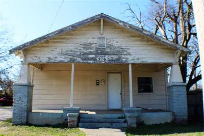 Carter County Single Family Home New: 216 NW 4th Avenue