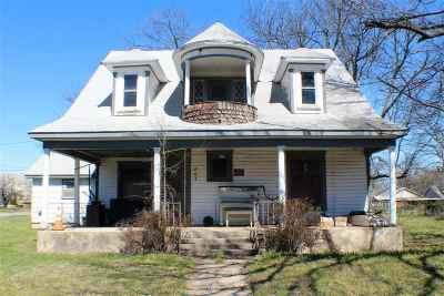 Carter County Single Family Home New: 805 NE 4th Avenue