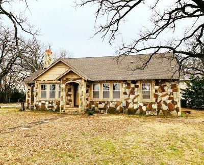 Lone Grove Multi Family Home Motivated Seller: 207 Heritage Road