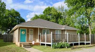 Sulphur OK Single Family Home For Sale: $140,000