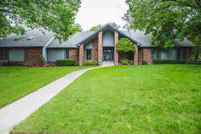 Ardmore Single Family Home For Sale: 810 Wood N Creek