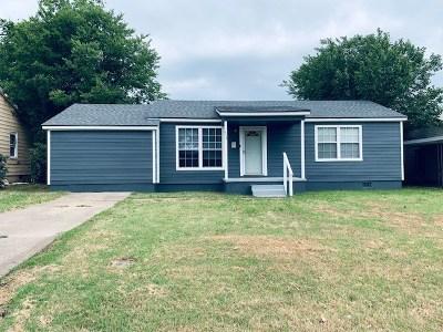 Single Family Home For Sale: 513 Oak