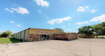 Commercial For Sale: 614 SW Moore Street