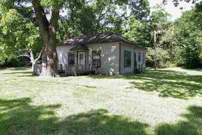 Carter County Single Family Home For Sale: 819 SE Carter