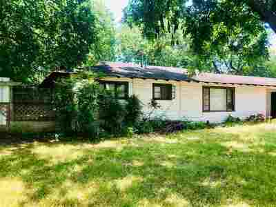 Single Family Home For Sale: 720 NW 15th