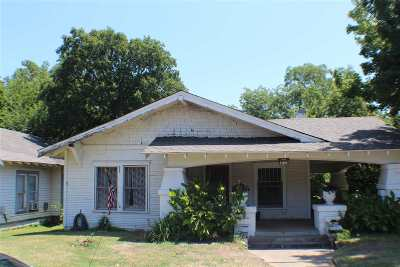 Single Family Home For Sale: 1002 NW B Street