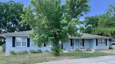 Garvin County Single Family Home For Sale: 100 E Shirley