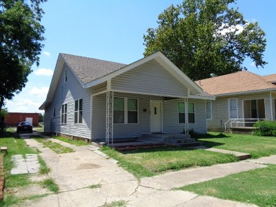 Single Family Home New: 18 4th Street